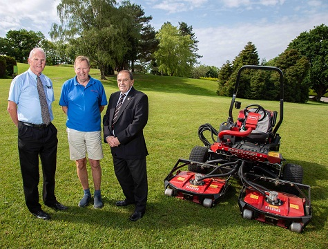 Newlands Holidays' Rex Ireland, centre, with Reesink Turfcare's John Pike, right, and Devon Garden Machinery's Robert Guntrip