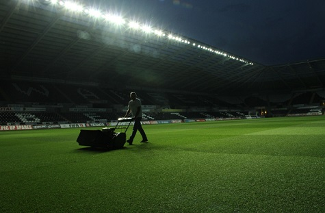 The IOG is recommending a 2.5 per cent increase in grounds staff's national minimum salary bands for 2020.