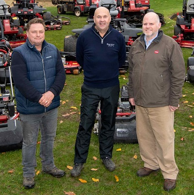 L-R: Head greenkeeper Tony Barker, club owner Chris Waters and Reesink's Julian Copping
