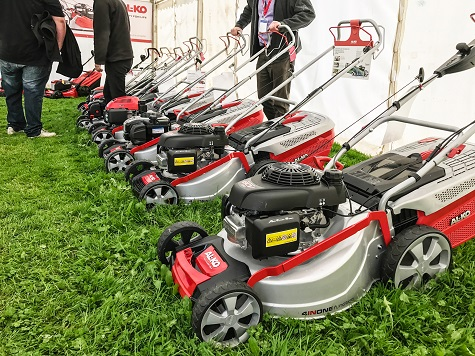 AL-KO lawnmowers cut as well in the wet as the dry