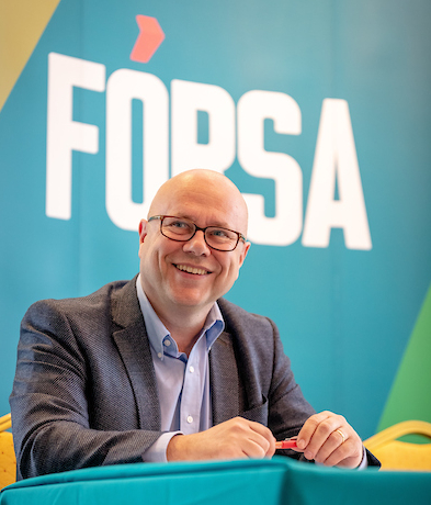 Fórsa general secretary Kevin Callinan has sought a meeting with Tánaiste and foreign minister Simon Coveney to discuss the union's concerns about the escalating violence against social leaders and trade union activists in Colombia.